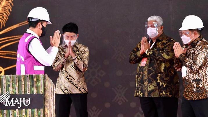 Presiden Joko Widodo Tinjau Pabrik Gula Haji Isam, Sulawesi Tenggara  (Biro Pers Sekretariat Presiden/Lukas)