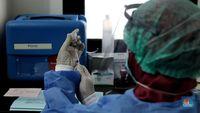 RI Mau Vaksinasi Selesai 1 Tahun, Vaksin Mandiri Solusinya?