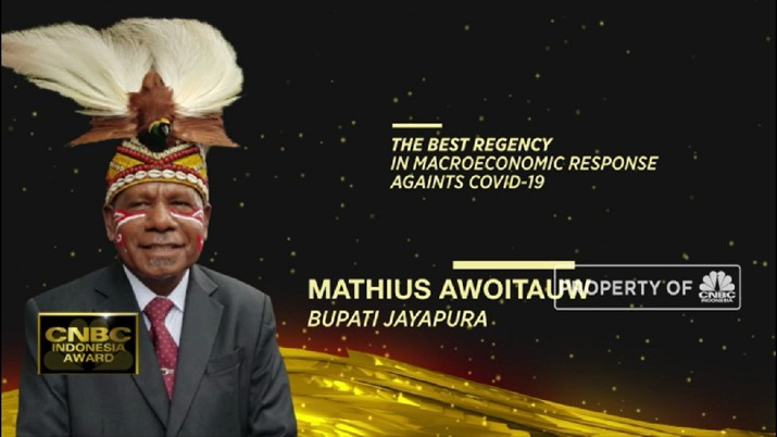 Mathius Awoitsuw, The Best Regency In Macroeconomic Response Against Covid-19(CNBC Indonesia TV)