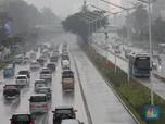 Awas! Jakarta Bakal Diguyur Hujan Lebat & Angin Kencang