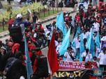 Massa Buruh Mulai Mengular, Tolak Omnibus Law & UMP 2021!