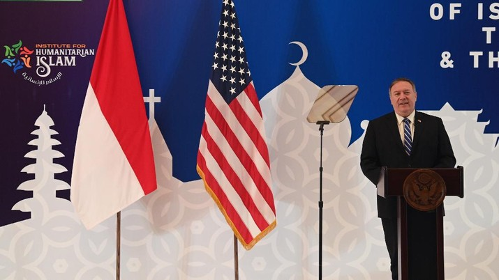 U.S. Secretary of State Mike Pompeo delivers his speech at the Nahdlatul Ulama in Jakarta Thursday, Oct. 29, 2020. Pompeo renewed the Trump administration's rhetorical onslaught against China in Indonesia on Thursday as the American presidential election looms. (Adek Berry/Pool Photo via AP)