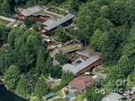 Mengintip Rumah Super Mewah Bill Gates Selama Karantina Covid