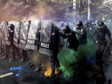 Demo Thailand Rusuh Lagi! Polisi Tembakkan Gas Air Mata