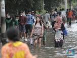 Panas Terik, Muara Baru & Sunda Kelapa Malah Banjir Rob