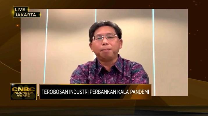 Direktur Utama PT Bank Mega Tbk (MEGA) Kostaman Thayib