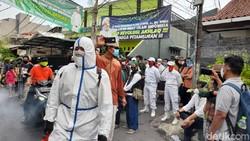 Laskar FPI Jaga Ketat Rumah HRS dari Penyemprotan Disinfektan, Ada Apa?
