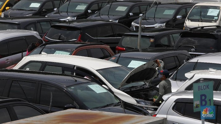 Lelang Mobil di masa Pandemi (CNBC Indonesia/ Andrean Kristianto)