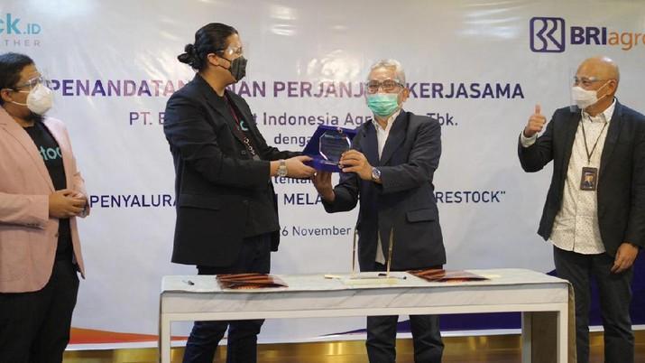 Penandatanganan PKS BRI Agro - Restock (Dok. BRI Agro)