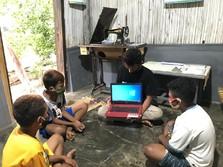 Pertamina Foundation Bantu 50 Laptop Untuk Belajar Online