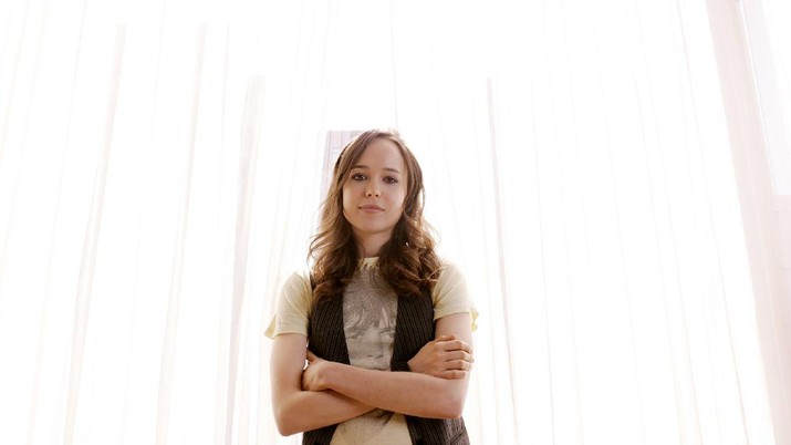 Actress Ellen Page poses for a portrait at the 34th Toronto International Film Festival in Toronto Tuesday, Sept. 15, 2009. (AP Photo/Carlo Allegri)
