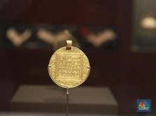 Usai Babak Belur, Harga Emas Dunia Akhirnya Balik ke US$1.800