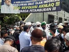 Petamburan Ricuh! Massa FPI Vs Penyidik Polda Metro Jaya