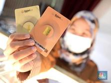 Harga Emas di Pegadaian: Antam Gugur, UBS Tahan Banting
