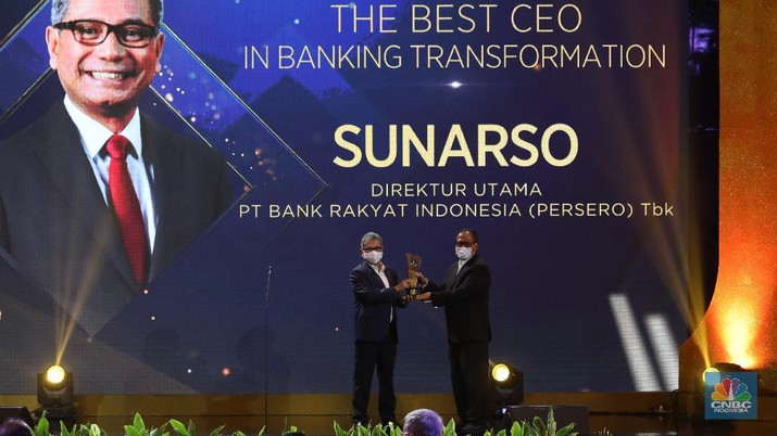 The Best CEO in Banking Transformation, Sunarso Direktur Utama PT Bank Rakyat Indonesia (Persero) Tbk. (CNBC Indonesia/Andrean Kristianto)