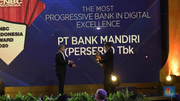 The Best Digitalized PT Bank Mandiri (Persero) Tbk, Darmawan Junaidi Direktur Utama. (CNBC Indonesia/Andrean Kristianto).
