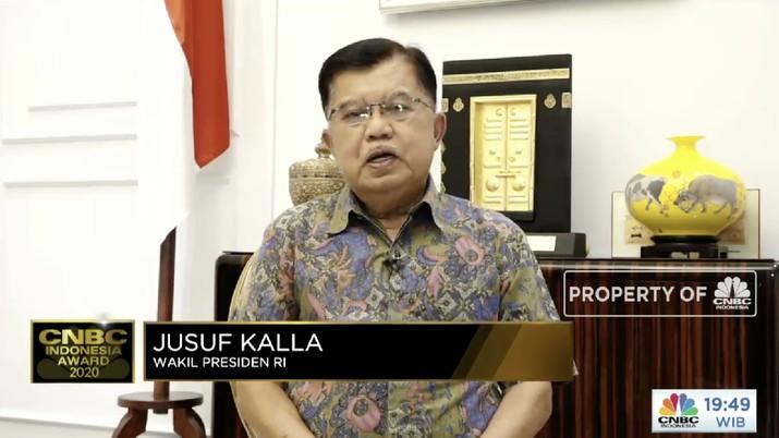 Wakil Presiden RI 2014-2019, H.M. Jusuf Kalla dalam acara CNBC Indonesia Award 2020 dengan tema Menyongsong Bangkitnya Ekonomi Indonesia 2021. (Tangkapan layar CNBC TV)