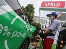 Pertamina-Grab Buat Stasiun Charging Mobil Listrik di Soetta