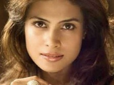 Aktris Cantik Bollywood Meninggal Misterius, Bersimbah Darah