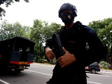 Pandemi di Jakarta Tinggi, Polisi Bubarkan Aksi Massa 1812