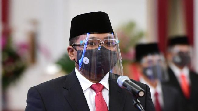 OMRE Sah! Menteri Agama Mundur dari Komut Pengelola Mal Blok M