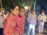 Potret Raja Thailand & Selir Sineenat Makin Mesra di Publik