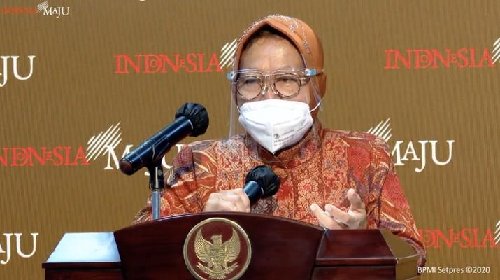 Tri Rismaharini memberikan keterangan pers Menteri terkait hasil ratas, kantor presiden, (29/12/2020). (Tangkapan layar youtube sekpres)
