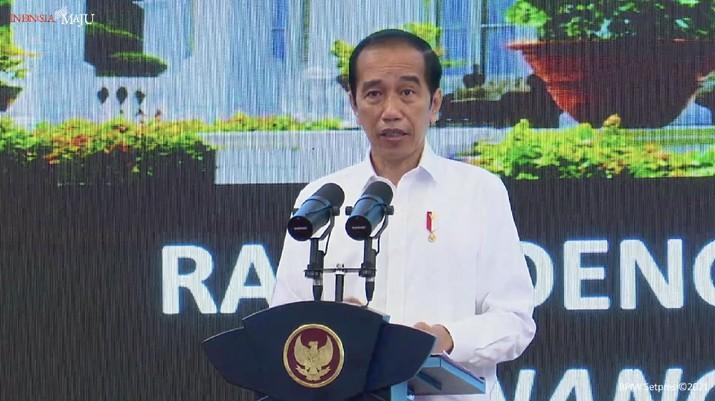 Jokowi saat Rapat Terbatas Penanganan Pandemi Covid-19 dan Rencana Pelaksanaan Vaksinasi, 6 Januari 2021
