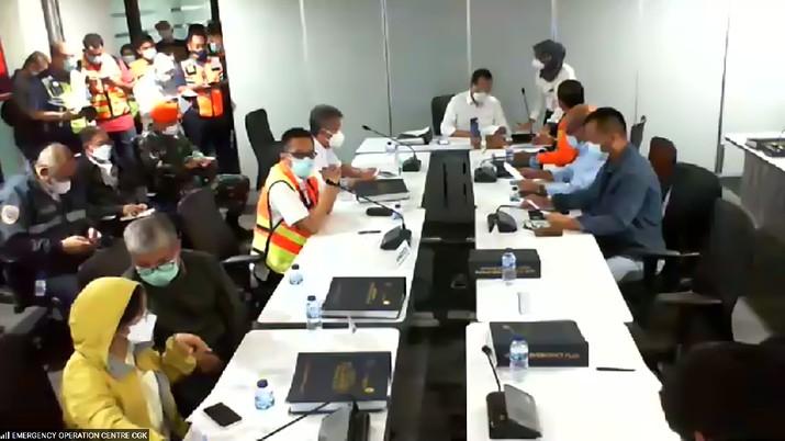 Kementerian Perhubungan bersama Stakeholder terkait menyelenggarakan konferensi pers terkait pesawat Sriwijaya AIR SJ-182 yang hilang kontak diselenggarakan melalui zoom.