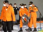 7 Temuan Evakuasi Sriwijaya Air, Puing hingga Baju Anak Kecil