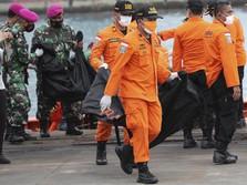 Potret Kantong Serpihan Pesawat & Body Part Korban Sriwijaya