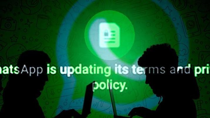 cover topik/ Kebijakan Privasi Baru WhatsApp_Luar