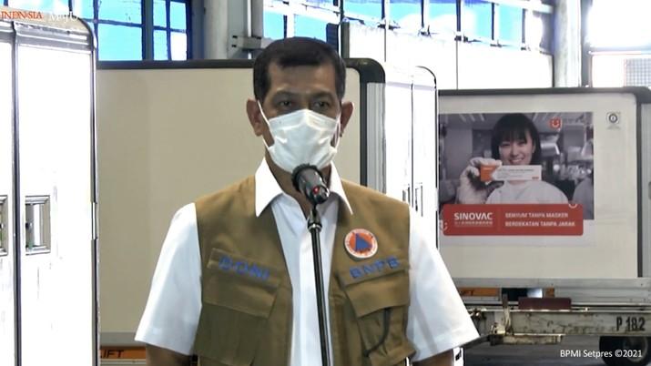 Ketua Satgas Covid-19 Doni Monardo memberikan keterangan pers mengenai kedatangan vaksin Covid-19 Tahap Ketiga, Bandara Soekarno Hatta, 12 Januari 2021. (tangkapan Layar Youtube Sekretariat Presiden)