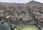 Bagai Kota 'Hantu', Ini Penampakan Kaki Gunung Taal Filipina