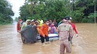 BNPB: RI Dilanda 337 Bencana Sejak Januari, Banjir Terbanyak