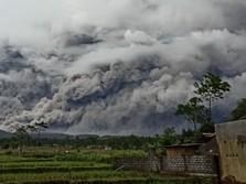 Pasca Keluarkan Awan Panas, Ini Status Terbaru Gunung Semeru