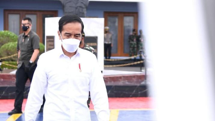 Jokowi berangkat menuju Kota Banjarbaru, Provinsi Kalimantan Selatan dalam rangka kunjungan kerja. (Dok: Lukas Biro Pers Sekretariat Presiden)