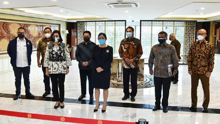 Pertemuan Pemerintah dan DPR bahas penetuan tiga nama Dewan Pengawas LPI di Gedung Nusantara III Kompleks Parlemen. (Dok: DPR RI)