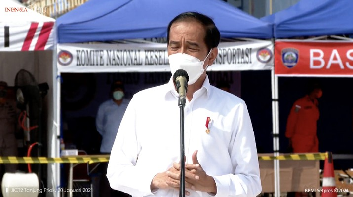 Presiden Jokowi Meninjau Posko Darurat Evakuasi Pesawat Sriwijaya Air SJ 182, Rabu (20/1/2021). (Dok: Tangkapan layar Setpres RI)
