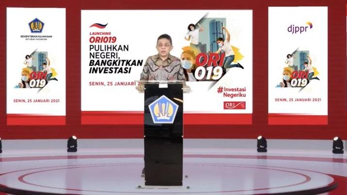Direktur Jenderal Pengelolaan Pembiayaan dan Risiko Kementerian Keuangan, Luky Alfirman dalam peluncuran ORI 019 secara virtual  (Tangkapan Layar)