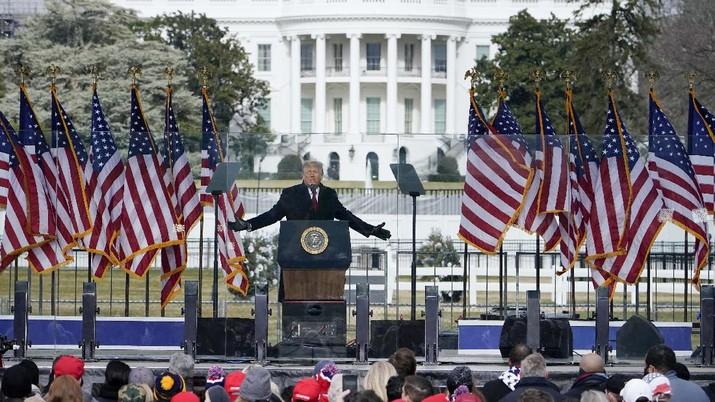 DPR AS resmi ajukan tuntutan pemakzulan kedua terhadap Donald Trump. (AP/Melina Mara)