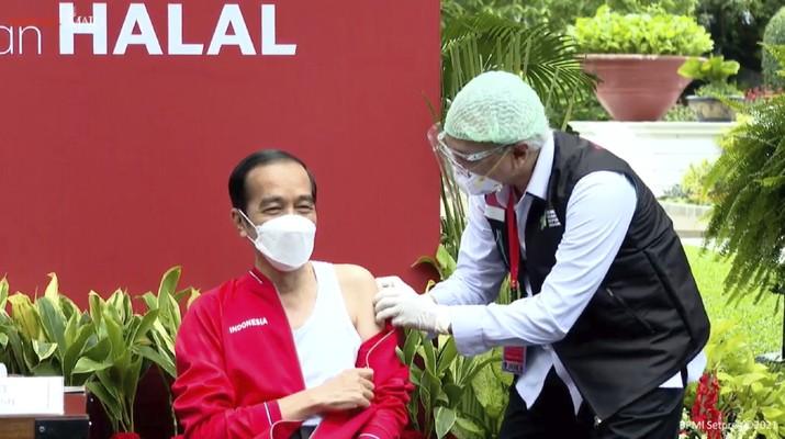 Presiden RI Joko Widodo Menjalani Vaksinasi Covid-19 Dosis ke-2, 27 Januari 2021 (Tangkapan Layar Youtube BPMI Setpres 2021)
