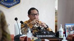 Walkot Makassar Akan Copot Semua Camat-Lurah, Tito Minta Cara Smooth