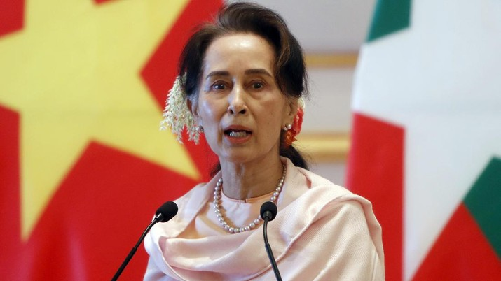 FILE - In this Dec. 17, 2019, file photo, Myanmar's leader Aung San Suu Kyi speaks during a joint press conference with Vietnam's Prime Minister Nguyen Xuan Phuc after their meeting at the Presidential Palace in Naypyitaw, Myanmar. Reports says Monday, Feb. 1, 2021 a military coup has taken place in Myanmar and Suu Kyi has been detained under house arrest. (AP Photo/Aung Shine Oo, File)