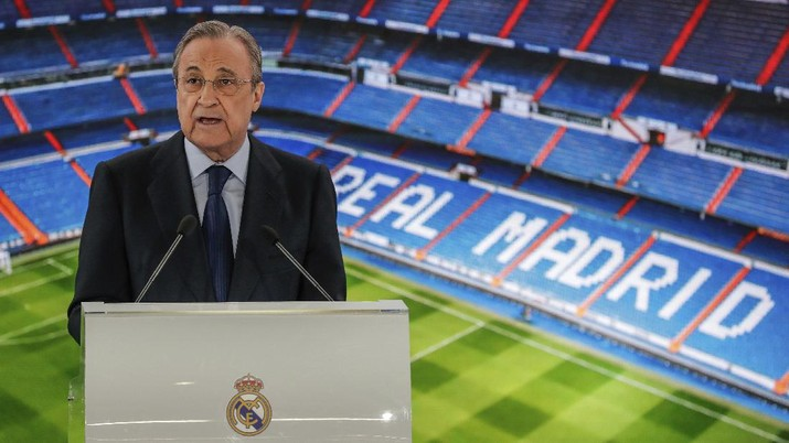 Real Madrid's President Florentino Perez gives a speech during the official presentation of Belgium forward Eden Hazard at the Santiago Bernabeu stadium in Madrid, Spain, Thursday, June 13, 2019. Real Madrid announced last week that it had acquired the 28-year-old Belgian playmaker from Chelsea for a reported fee of around 100 million euros ($113 million) plus variables, making him the club's most expensive signing ever. (AP Photo/Manu Fernandez)