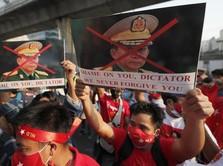 Makin Otoriter, Militer Myanmar Buru Pemrotes di Sosial Media