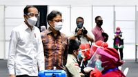 Vaksinasi Diramal Kelar 10 Tahun Lagi, Target Jokowi 1 Tahun!