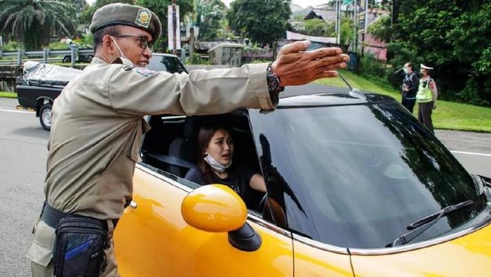 Ganjil-genap Diterapkan di Bogor, Kendaraan Bernopol Ganjil Diputarbalik (Ist Detikcom)
