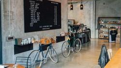 DKI Izinkan Restoran-Kafe Buka Hingga Jam 12 Malam, Ini Aturannya
