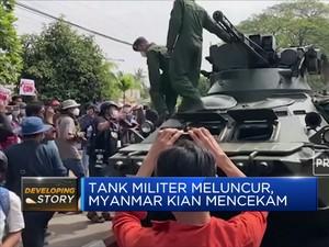 Tank Militer Meluncur, Myanmar Kian Mencekam